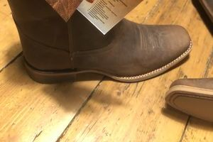 Fire andamp Fearless ironbark Brown Leather Pull On Work Boot size 10 D